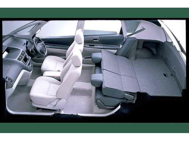 トヨタ オーパ 新型・現行モデル