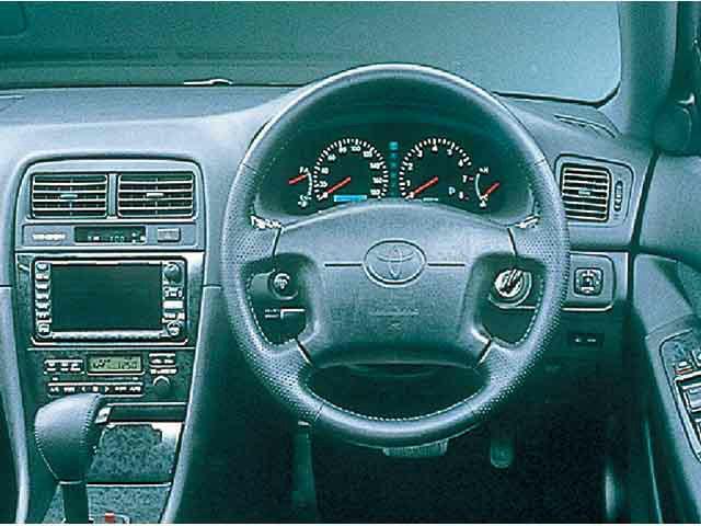トヨタ ウィンダム 1999年8月〜モデル