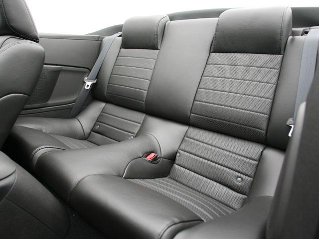 フォード マスタングコンバーチブル 2009年1月〜モデル