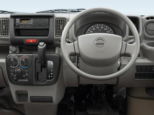 日産 NV100クリッパー 2016年2月〜モデル
