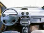 ルノー トゥインゴ 1995年11月〜モデル