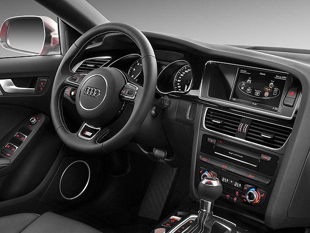 アウディ S5スポーツバック 新型・現行モデル