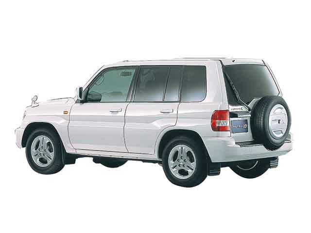 三菱 パジェロイオ 2000年6月〜モデル