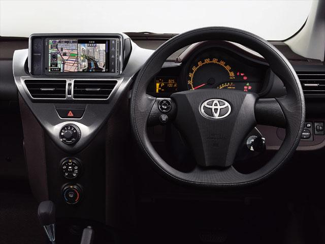 トヨタ iQ 新型・現行モデル