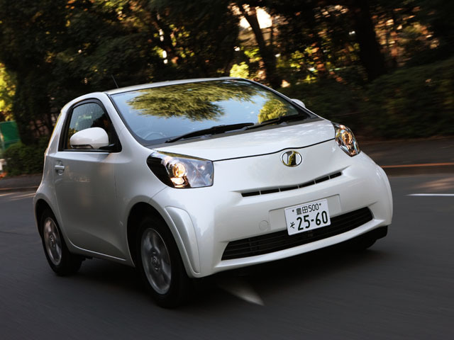 トヨタ iQ 2014年4月〜モデル