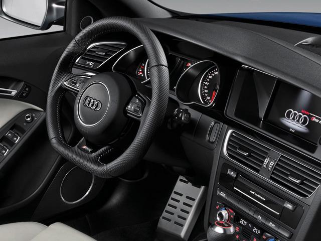 アウディ RS5カブリオレ 新型モデル