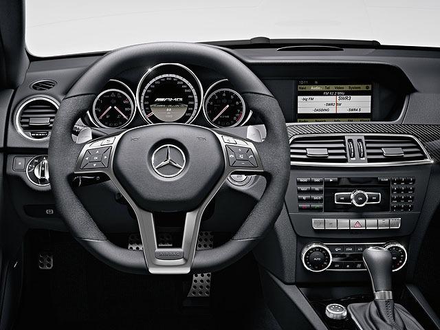 AMG Cクラスクーペ 2011年8月〜モデル