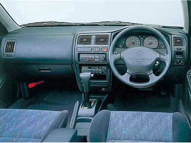 日産 パルサーセリエS-RV 新型・現行モデル