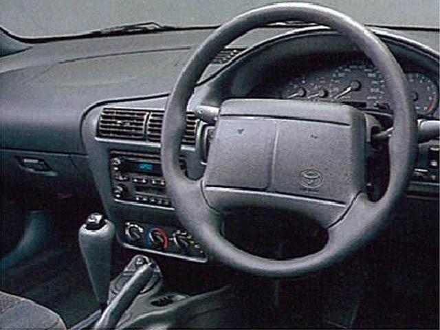 トヨタ キャバリエクーペ 新型・現行モデル