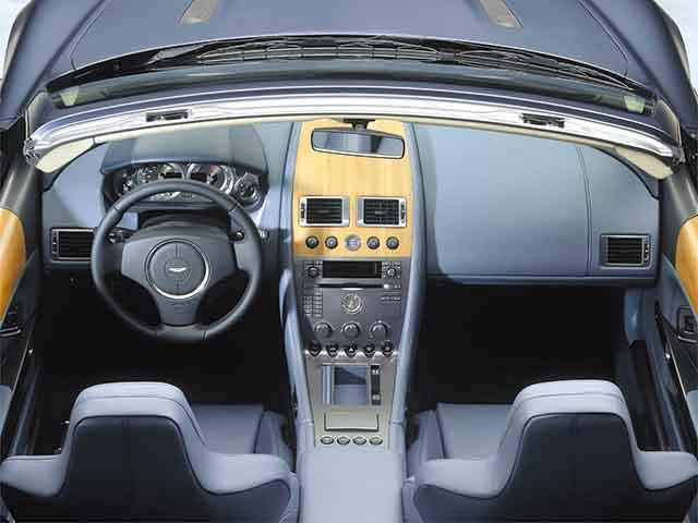 アストンマーティン DB9ヴォランテ 新型・現行モデル