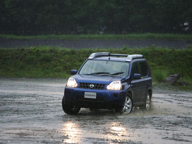 日産 エクストレイル 2007年8月〜モデル