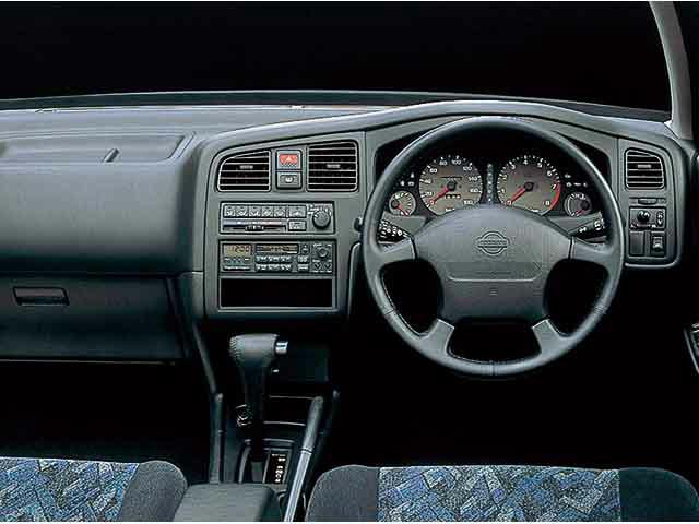 日産 プリメーラカミノ 1995年9月〜モデル