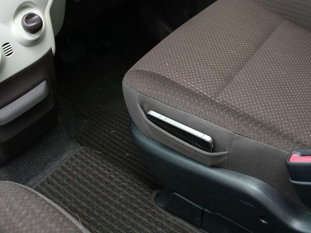 トヨタ スペイド 2014年4月〜モデル