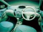 トヨタ ヴィッツ 2000年12月〜モデル