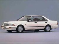 日産 セドリック 1989年6月〜モデルのカタログ画像