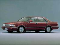 日産 セドリック 1988年6月〜モデルのカタログ画像