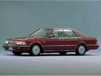 日産 セドリック 1987年6月〜モデルのカタログ画像