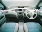 トヨタ プリウス 2001年8月〜モデル