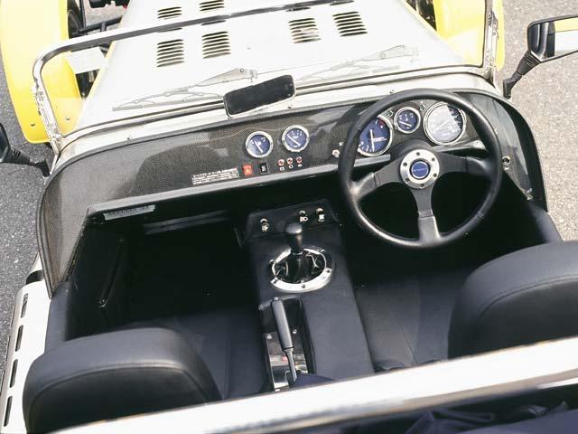 光岡自動車 ゼロ1 新型・現行モデル