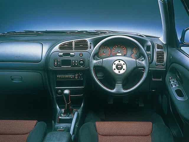 三菱 ランサーエボリューション 2000年1月〜モデル
