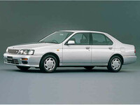 日産 ブルーバード 1996年1月〜モデルのカタログ画像
