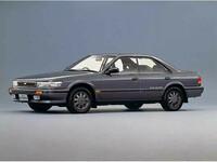 日産 ブルーバード 1989年10月〜モデルのカタログ画像