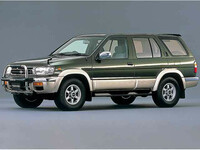 日産 テラノ 1995年9月〜モデルのカタログ画像