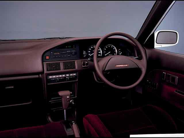 トヨタ カローラ 1988年5月〜モデル