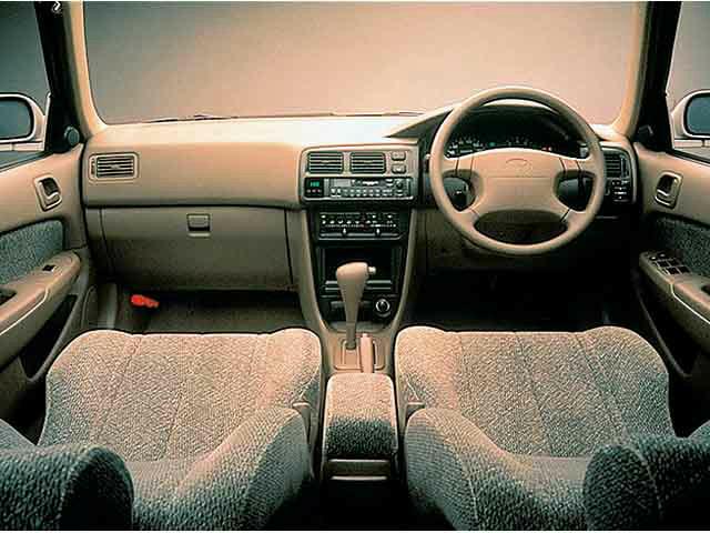 トヨタ カローラ 1995年5月〜モデル