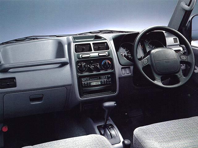 三菱 パジェロジュニア 新型・現行モデル