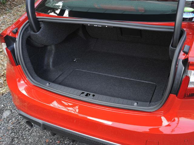 ボルボ S60 2011年3月〜モデル