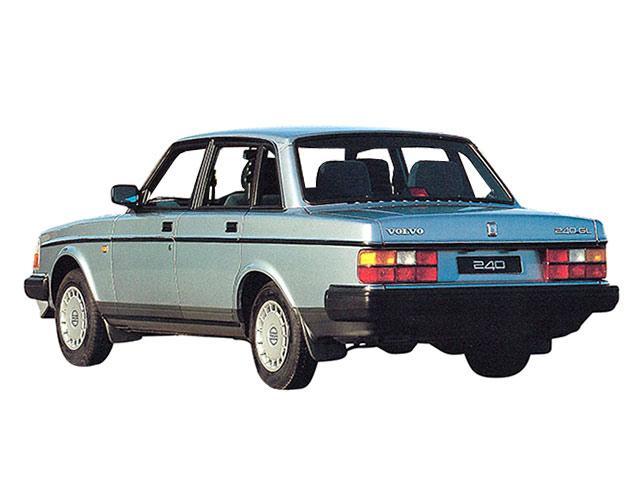 ボルボ 240 新型・現行モデル