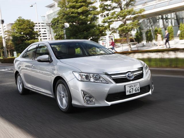 トヨタ カムリハイブリッド 新型・現行モデル