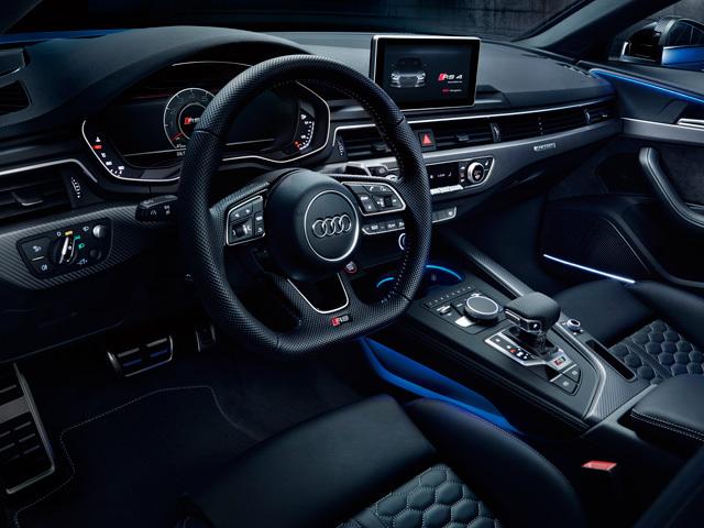 アウディ RS4アバント 新型・現行モデル