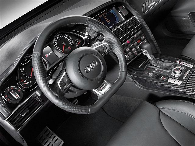 アウディ RS6 新型・現行モデル