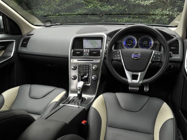 ボルボ XC60 新型・現行モデル