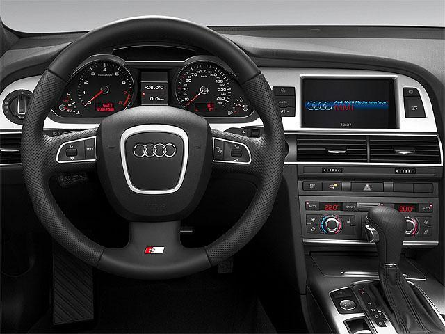 アウディ A6 2010年8月〜モデル