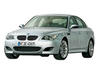 BMW M5 2004年11月〜モデルのカタログ画像