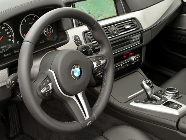 BMW M5 2013年9月〜モデル