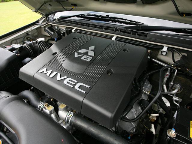 三菱 パジェロ 2007年10月〜モデル