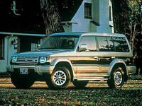 三菱 パジェロ 1996年5月〜モデルのカタログ画像