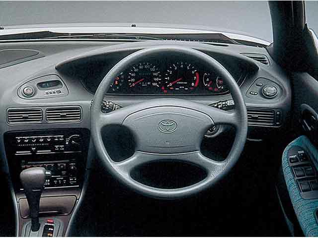 トヨタ カローラセレス 新型・現行モデル