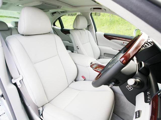 レクサス LSハイブリッド 新型・現行モデル