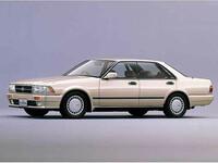 日産 グロリア 1987年6月〜モデルのカタログ画像