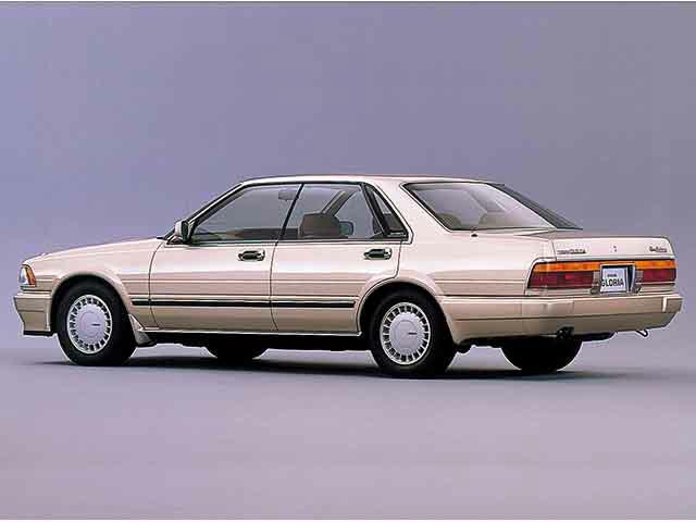 日産 グロリア 1987年6月〜モデル