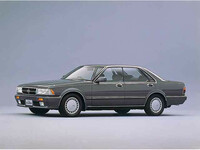 日産 グロリア 1989年6月〜モデルのカタログ画像