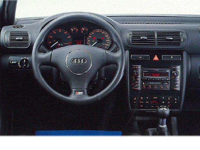 アウディ S3 新型・現行モデル