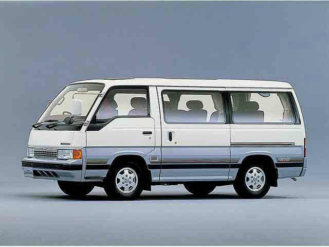 日産 キャラバンコーチ 1988年10月〜モデル