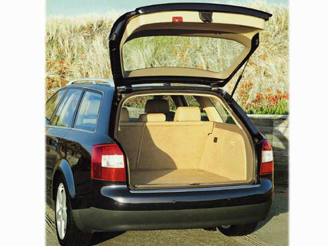 アウディ A4アバント 2002年10月〜モデル