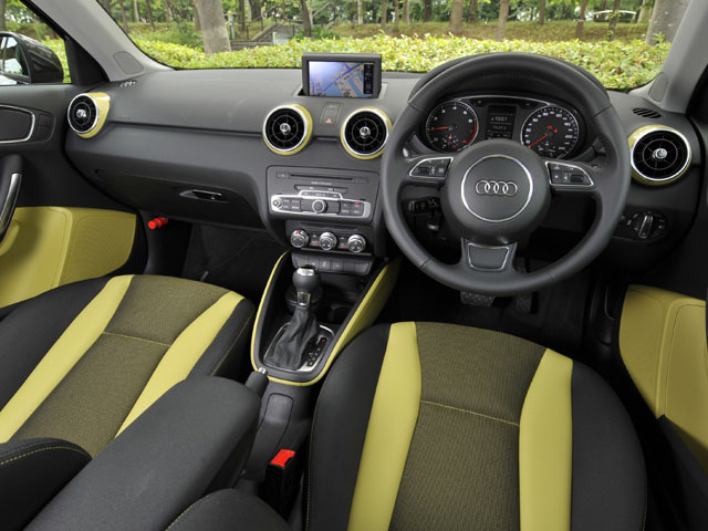 アウディ A1スポーツバック 新型・現行モデル